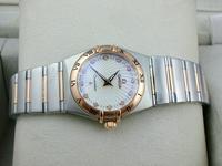 欧米茄星座系列贝壳表面18K玫瑰金两针钻石刻度女腕表(多颜色)
