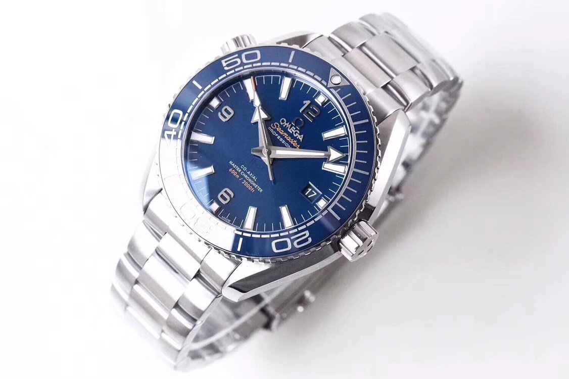 VS厂欧米茄海马600米蓝面男士自动机械手表