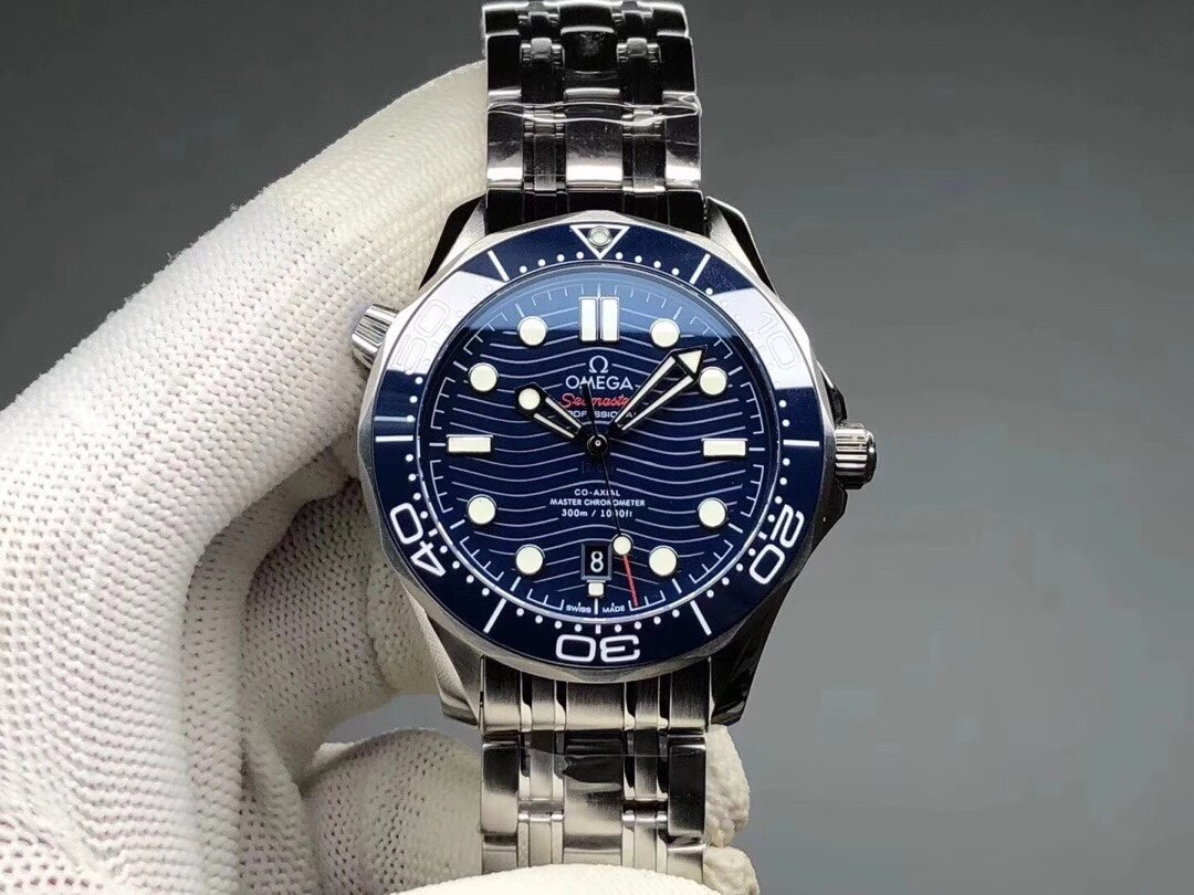 VS厂欧米茄海马300米新款波澜面背透男士机械手表