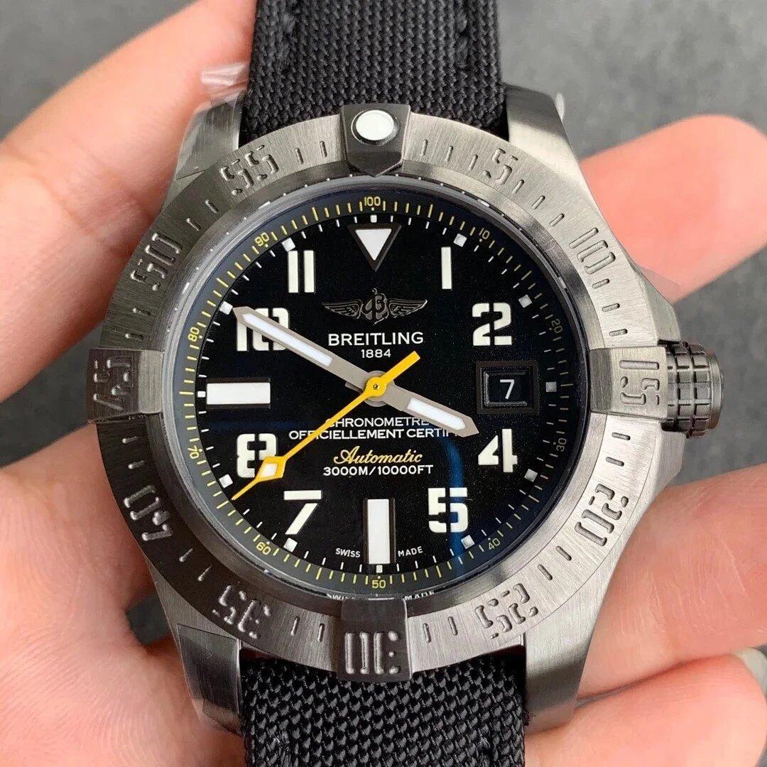GF厂手表百年灵复仇者二代深潜海狼系列A1733010男士机械手表胶带
